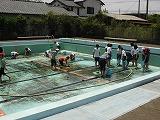 プール掃除6年 007